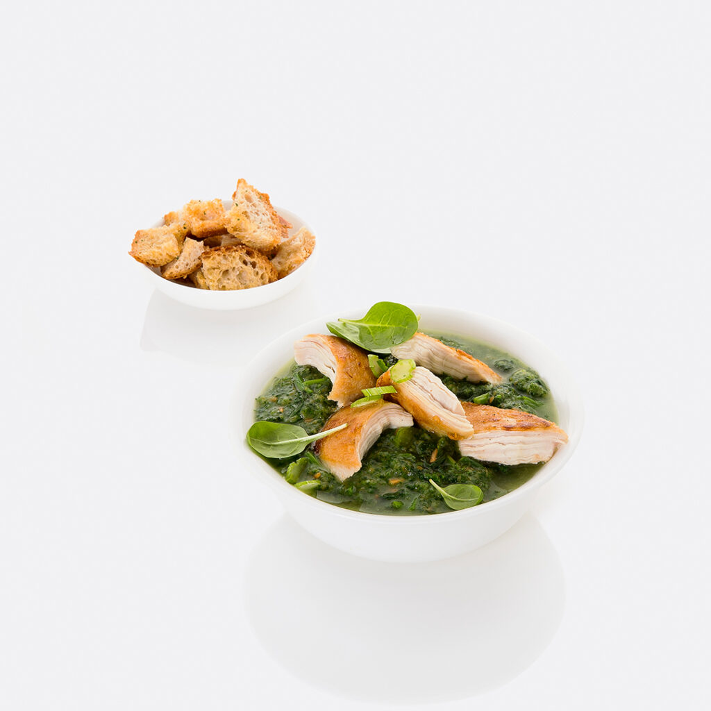 Creamy spinach and chicken soup by Tanmia